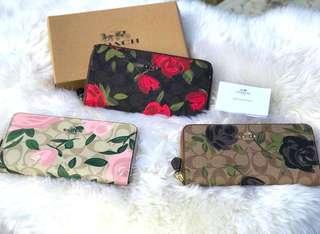 💯% Authentic COACH Long zippe wallet purse