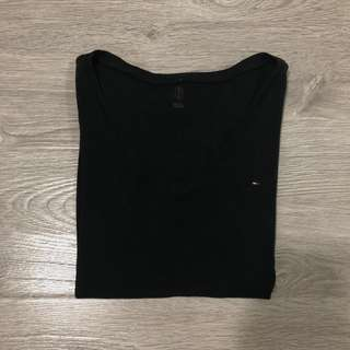 TOMMY HILFIGER Black T-Shirt