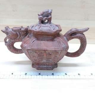 7吋乘5吋 中國玉石雕龍水壺擺件 多年前 產品