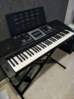 Keyboard Medeli M15 with stand