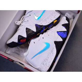 """Nike Kyrie 4 """"March Madness"""" NCAA 別註配色"""