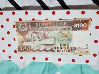 Singapore  $100 old note