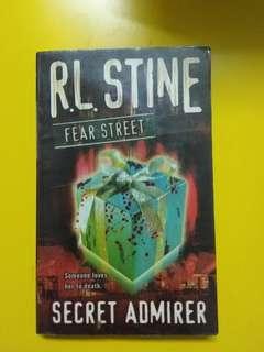 FEAR STREET-SECRET ADMIRER