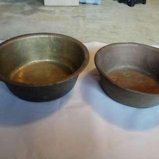 手造銅盆兩個