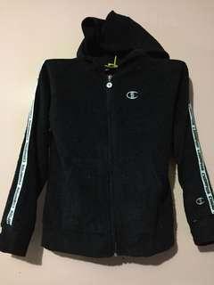 Champion sweatshirt with hood