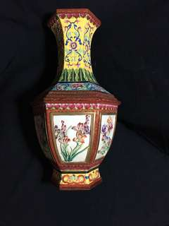 Qing dynasty imperial kiln Qian Long Mark Famille rose vase 30 cm high hexagonal shape with 6 windows carved with flowers