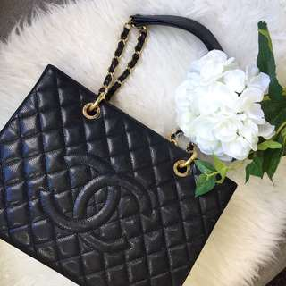 🖤Superb Deal!🖤 Chanel GST in Black Caviar GHW.