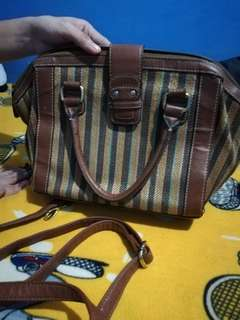 Brown body bag/hand bag