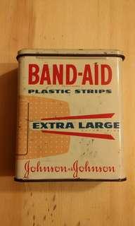 Johnson & Johnson 膠布鐵盒