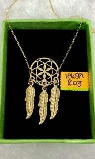 18K Saudi Gold center necklace