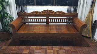 3 seater teak bench ( L197cm W66cm)  rating : 9/10