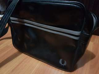 Fred Perry black Messenger Bag
