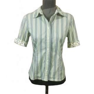 OLD NAVY PERFECT FIT STRETCH STRIPED GREEN BUTTON DOWN TOP