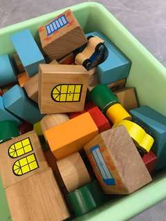 Wooden blocks with cars