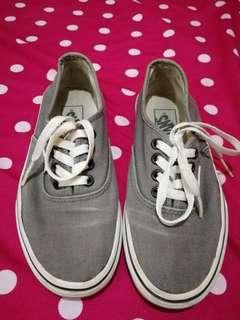 Vans authentic gray