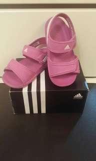 Adidas 涼鞋
