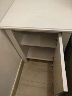 IKEA白色矮櫃/梳化邊櫃/床頭櫃