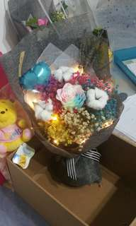 Rainbow large bouquet