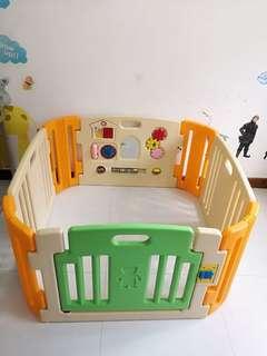 Baby Play Yard
