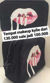 [SALE] KYLIE MAKE UP BAG