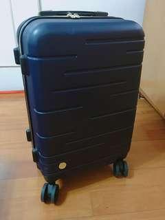 21吋 深藍色行李箱 gip (只用過一次)