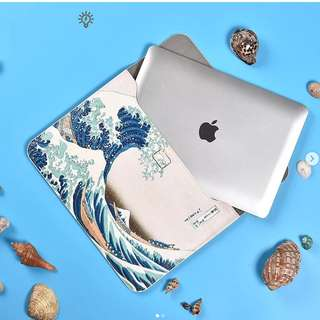 [PO] Great Wave Slip On Laptop Sleeve ( Macbook only!)