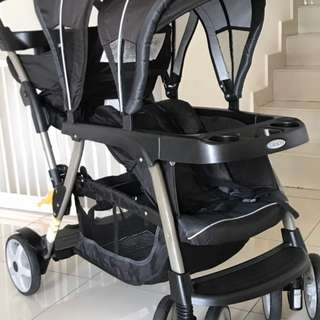 Graco Ready2Grow Classic Connect Double Stroller - preloved.