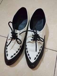 Black & white oxford shoes