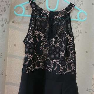 dress bludru hitam