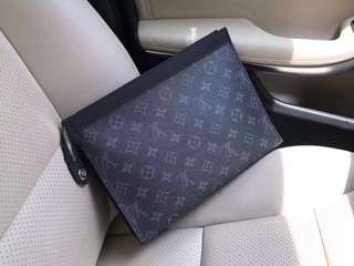 Louis Vuitton Wallet clutch