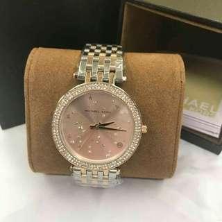M💖k authentic watch