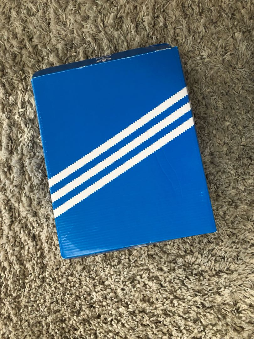 Adidas - HC Defender size 5 *BRAND NEW*