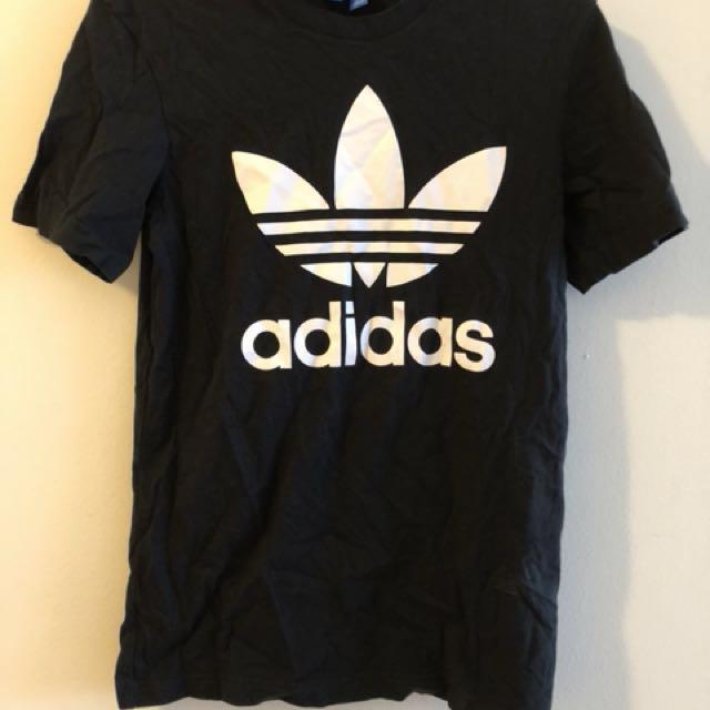 Adidas original Tshirt