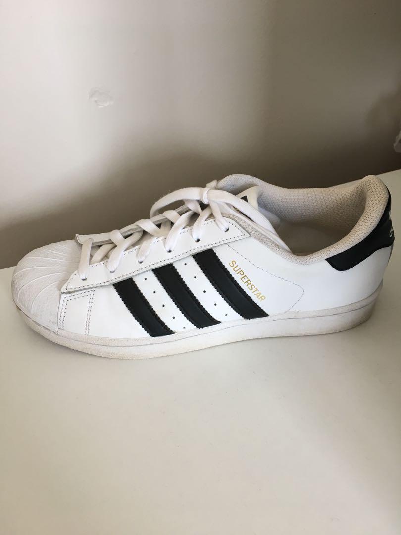 Adidas superstars!!!