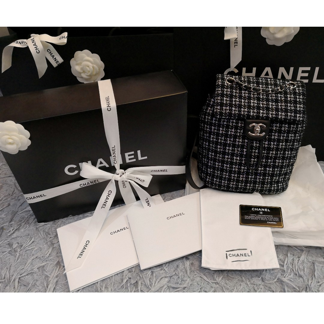 b6b77045162f Authentic Chanel Tweed Backpack, Luxury, Bags & Wallets on Carousell