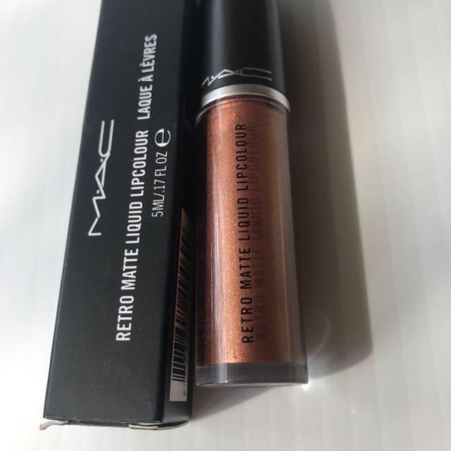 Authentic New MAC retro matte liquid lipstick RRP $46- metrochrome! Golden Bronze authentic RRP$46