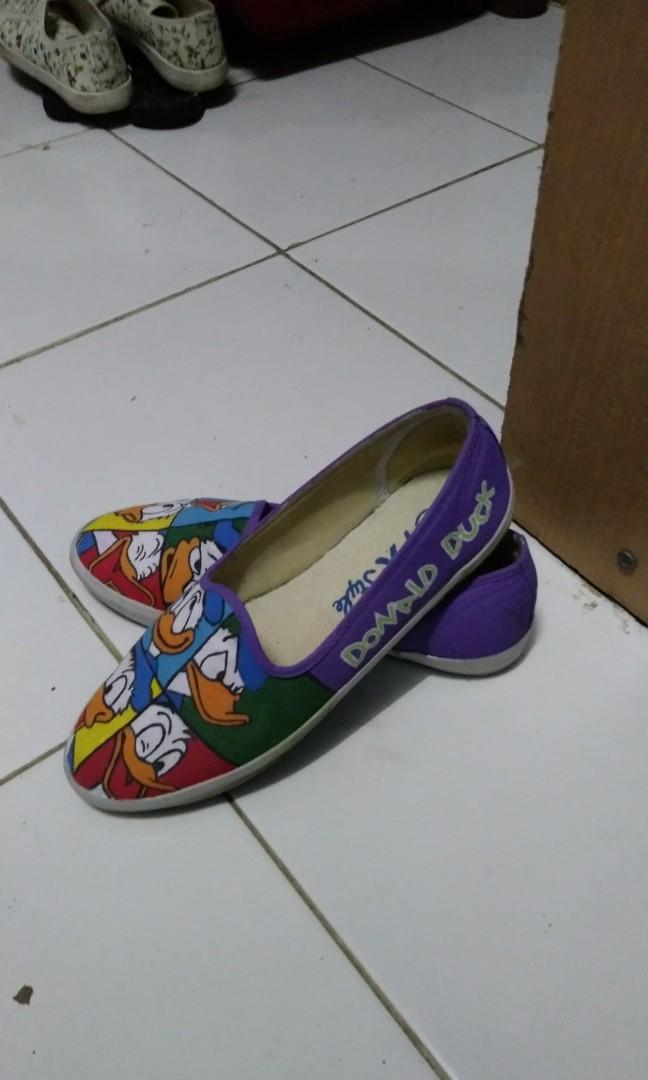 Donald Duck Slip On