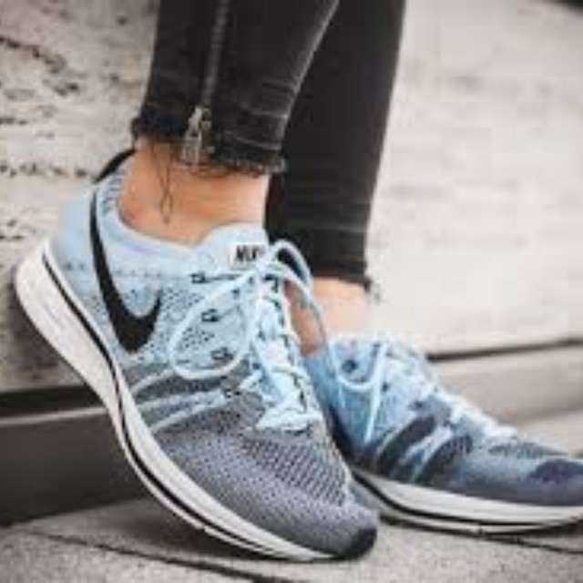 496e9d3626d8 Nike Flyknit Trainer Cirrus Blue