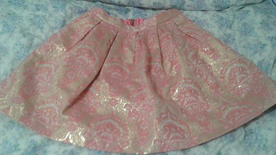 Pink and gold skirt from FOREVER NEW