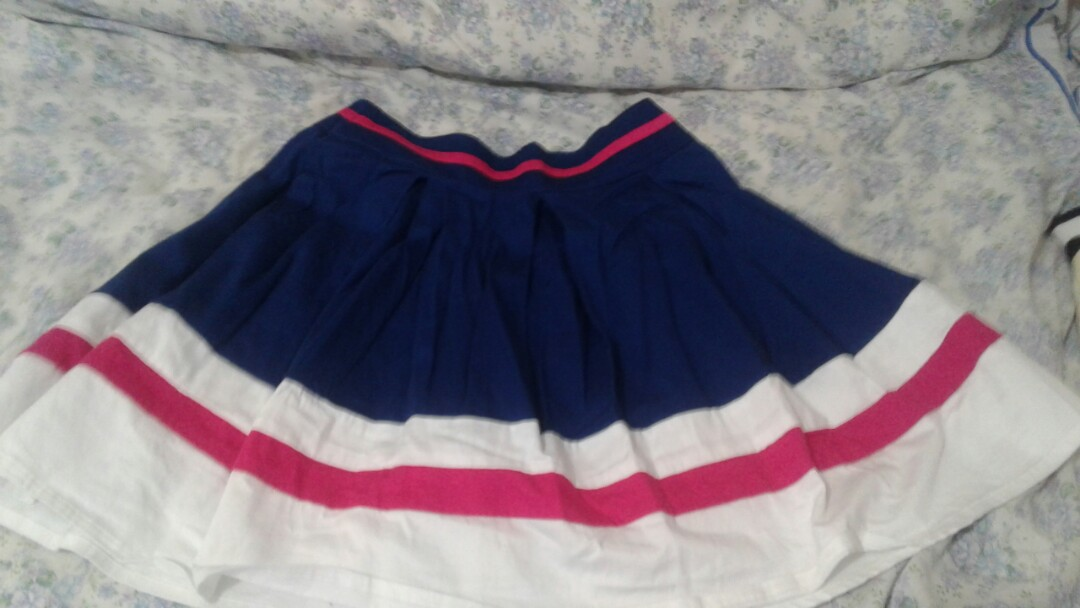 pleated skirt from FOREVER NEW
