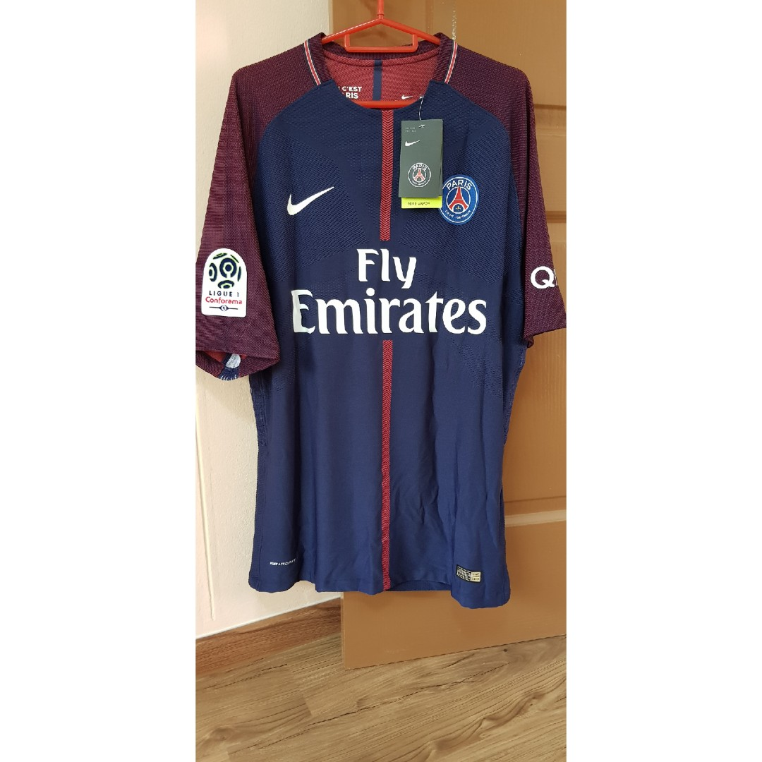 da071a507 PSG 2017 18 Home Kit