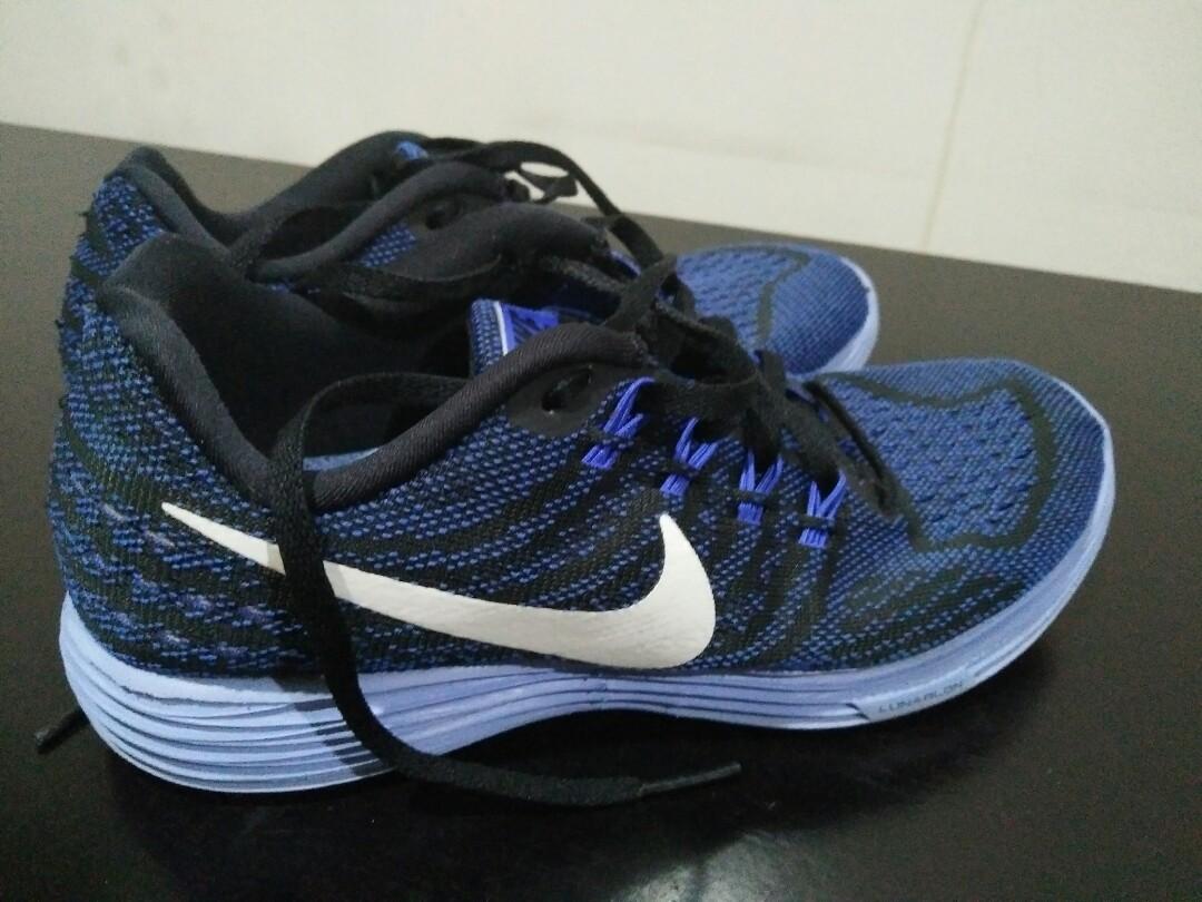 Sepatu Running Nike Fesyen Wanita Sepatu Di Carousell