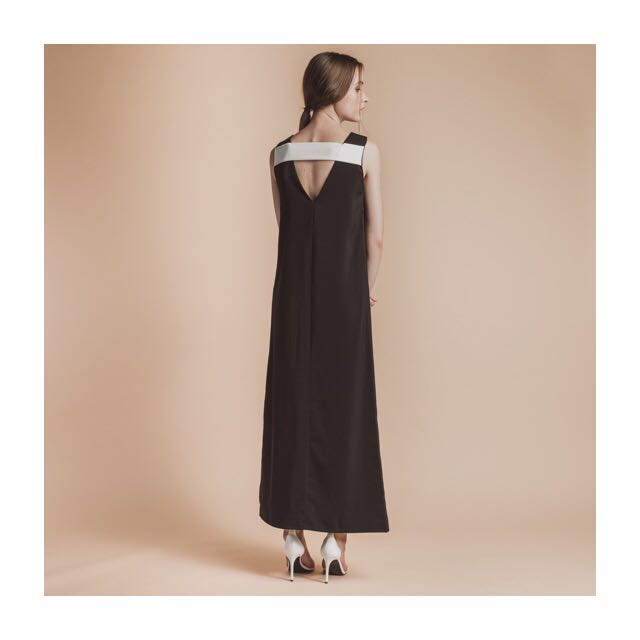 056b17dab0a16 Soigne The Label Straight Cut V Back Maxi Dress