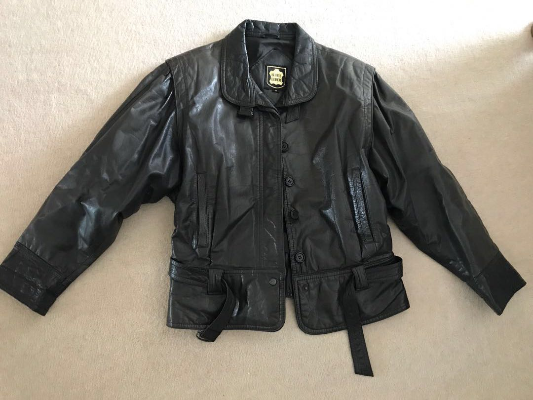 Vintage authentic leather bomber style jacket excellent condition