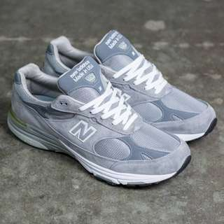 NEW BALANCE 993 GREY CLASSICS MENS DAD SHOES