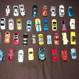 Cars for sale 😊 (terpaksa hold dulu sbb ade org ramai nak tgk, maaf)