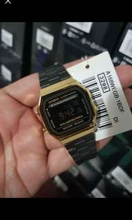 CASIO BLACK AND GOLD
