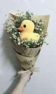 🚚 Baby Breath duckling lover bouquet