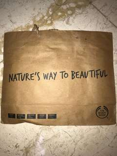 The body shop paperbag