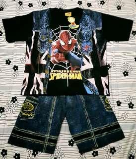 Setelan kaos anak Spiderman
